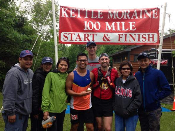 Nate and his crew at the 2014 Kettle Moraine 100 finish.